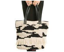 Motxilles-Bosses Marca AMUSE SOCIETY Per Dona. Activitat esportiva Street Style, Article: WEEKEND BAG.