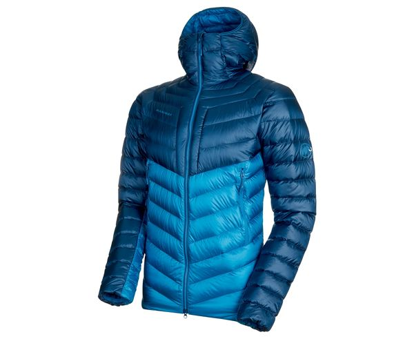 Jaquetes Marca MAMMUT Per Home. Activitat esportiva Alpinisme-Mountaineering, Article: BROAD PEAK IN HOODED JACKET M'S.