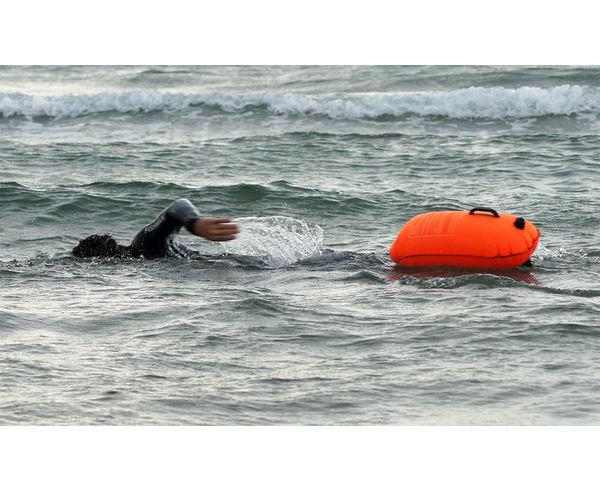 Flotadors Marca THE ISHOF Activitat esportiva Natació, Article: BOIA SMARTPHONE BUDDY SWIM.