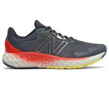 Sabatilles Marca NEW BALANCE Per Home. Activitat esportiva Running carretera, Article: EVOZ V1.